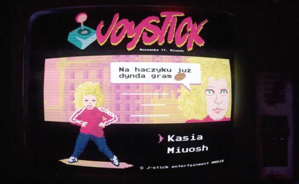 """Wymowny 8-bitowy teledysk Nosowskiej do utworu """"Joystick"""" 🕹"""
