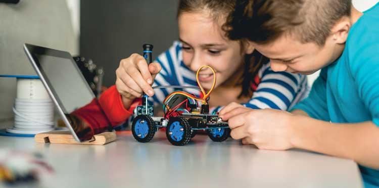 Dzieci i technologia - Fundacja Orange